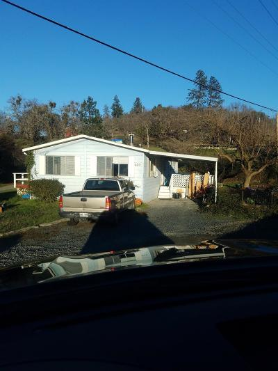 Grants Pass OR Multi Family Home For Sale: $239,000