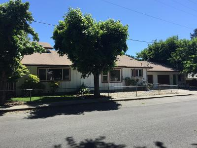 Merlin, Sunny Valley, Wimer, Rogue River, Wilderville, Grants Pass Multi Family Home For Sale: 324 2nd Street