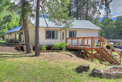 Grants Pass Single Family Home For Sale: 7071 Rogue River Highway