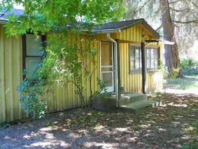 Jackson County, Josephine County Single Family Home For Sale: 9608 Old Stage Road