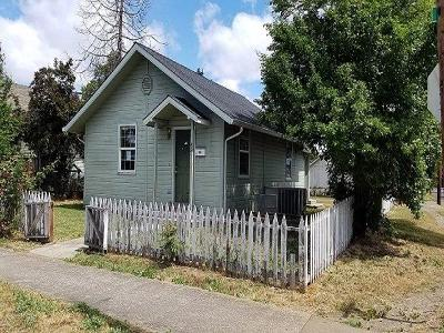 Medford OR Single Family Home For Sale: $128,000