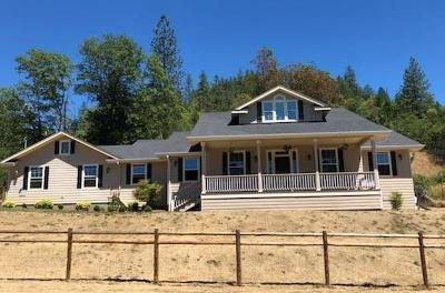 Grants Pass OR Single Family Home Pending: $364,900