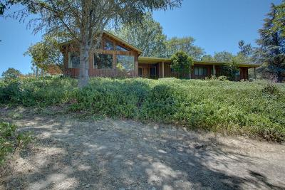 Grants Pass Single Family Home For Sale: 2430 Cloverlawn