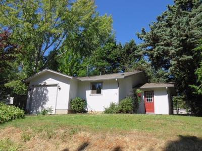 Jackson County, Josephine County Single Family Home For Sale: 624 Sterling Street