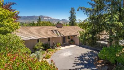 Medford Single Family Home For Sale: 123 S Foothill Road