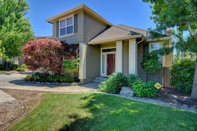 Medford Single Family Home For Sale: 3588 Cherry Lane