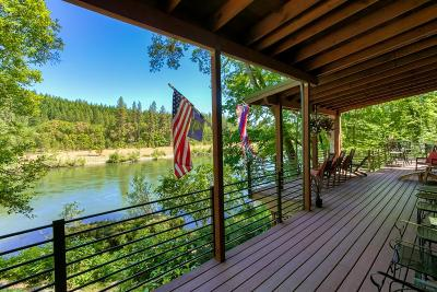 Josephine County Single Family Home For Sale: 4941 Riverbanks Road