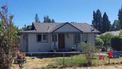 Grants Pass Single Family Home For Sale: 933 SW H Street