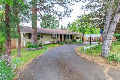 Jackson County, Josephine County Single Family Home For Sale: 530 N Oregon Street