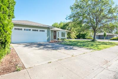 Jackson County, Josephine County Single Family Home For Sale: 1426 Timothy Street