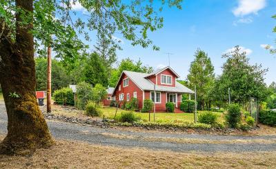 Josephine County Single Family Home For Sale: 5264 Riverbanks Road