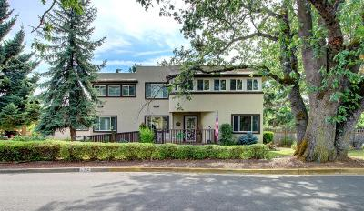 Medford Single Family Home For Sale: 712 N Keene Way Drive