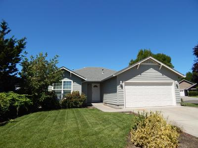 Medford OR Single Family Home For Sale: $279,950