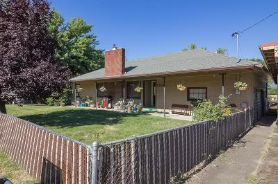 Medford Single Family Home For Sale: 2309 Corona Avenue