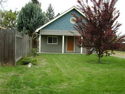 Medford OR Single Family Home For Sale: $140,000