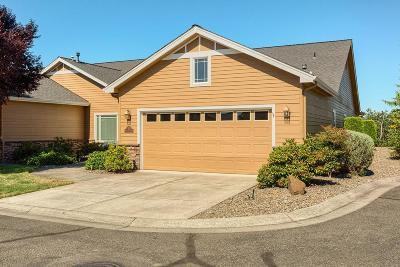 Eagle Point Single Family Home For Sale: 63 Broken Stone Way