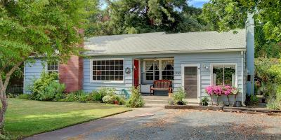 Grants Pass OR Single Family Home For Sale: $185,000