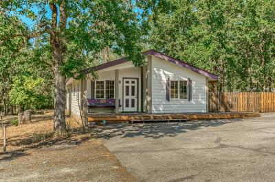 Grants Pass OR Single Family Home For Sale: $279,000