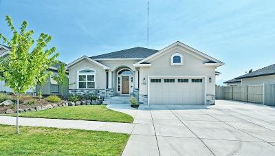 Single Family Home For Sale: 3734 Arizona Drive