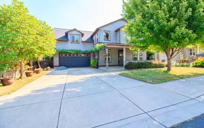 Talent Single Family Home For Sale: 1721 Lithia Way