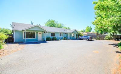 Eagle Point Multi Family Home For Sale: 555 Linn Road