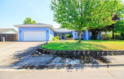 Medford Single Family Home For Sale: 1467 La Loma Drive