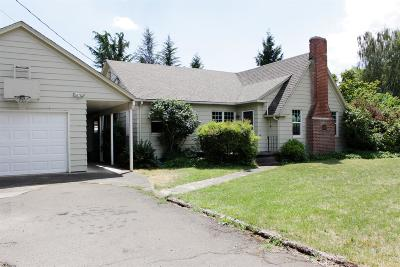 Medford Single Family Home For Sale: 3587 Main Street