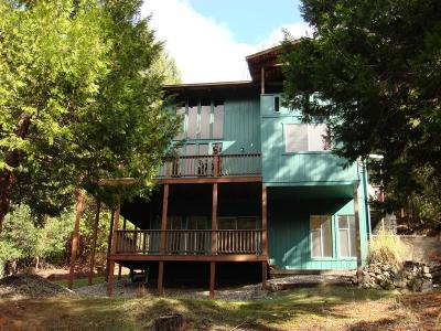 Jackson County, Josephine County Single Family Home For Sale: 9715 Thompson Creek Road