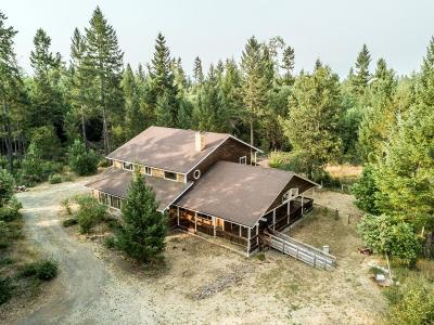 Josephine County Single Family Home For Sale: 6123 Takilma Road