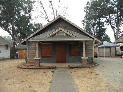 Single Family Home For Sale: 1016 W 11th Street