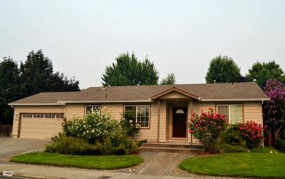 Grants Pass Single Family Home For Sale: 2885 Galaxy Way