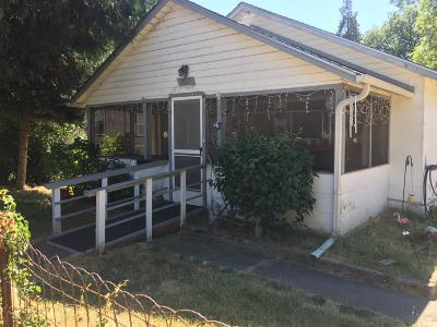 Rogue River Single Family Home For Sale: 317 Cedar Street
