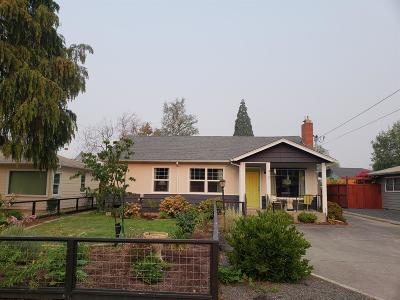 Grants Pass Single Family Home For Sale: 410 NE Dean Drive