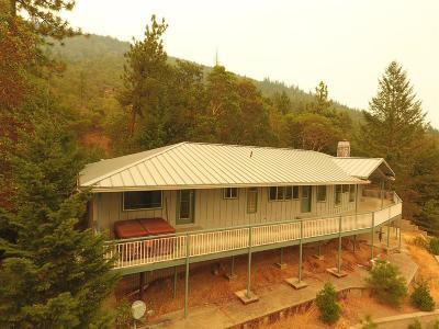 Grants Pass Single Family Home For Sale: 725 Oakridge Drive