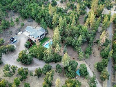 Jackson County, Josephine County Single Family Home For Sale: 657 Greenleaf Drive