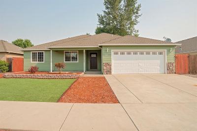 Jackson County, Josephine County Single Family Home For Sale: 1016 Birmingham Street