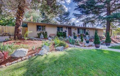 Medford Single Family Home For Sale: 2406 Lyman Avenue