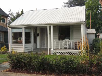 Grants Pass Single Family Home For Sale: 307 NW C Street