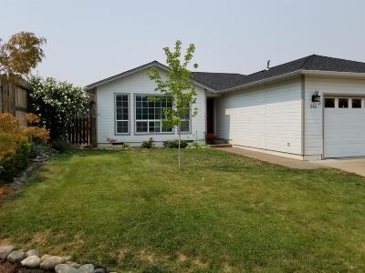 Talent Single Family Home For Sale: 515 Winters Way