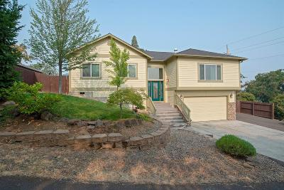 Medford OR Single Family Home For Sale: $349,900