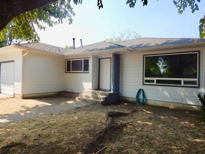 Jackson County, Josephine County Single Family Home For Sale: 809 Oak Street