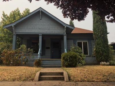 Medford Single Family Home For Sale: 23 N Peach Street