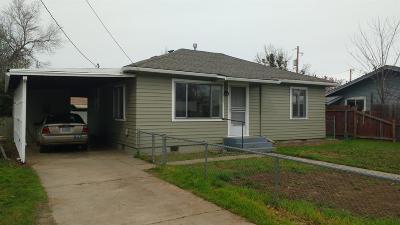 Jackson County, Josephine County Single Family Home For Sale: 510 W Jackson Street