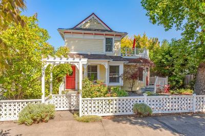 Ashland Single Family Home For Sale: 269 B Street