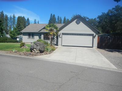 Jackson County, Josephine County Single Family Home For Sale: 130 Birch Street