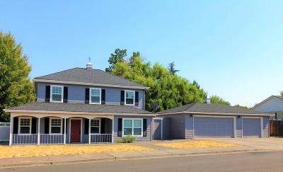 Medford Single Family Home For Sale: 2000 Pinedale Street
