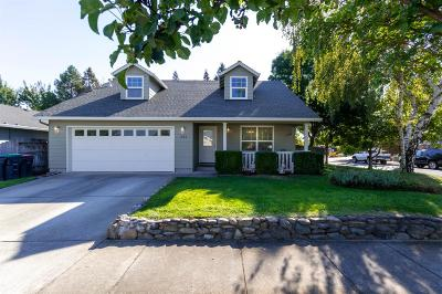 Medford Single Family Home For Sale: 1693 Alexis Way