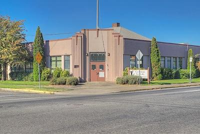 Grants Pass OR Commercial For Sale: $1,450,000