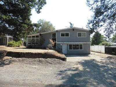 Medford OR Single Family Home For Sale: $248,600
