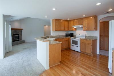 Medford Single Family Home For Sale: 1035 Birmingham Street